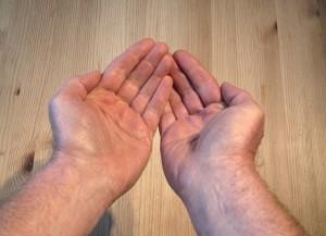 Způsobuje masturbace ochlupení dlaní? Nebojte se, je to nesmysl.
